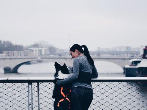 courir avec son chien l' hiver